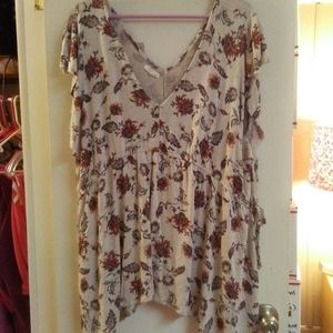 Maurices Floral Short Sleeve V Neck Blouse